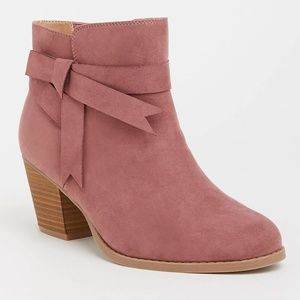 Torrid 11 W Boots Mauve Pink Bow Bootie Faux Suede